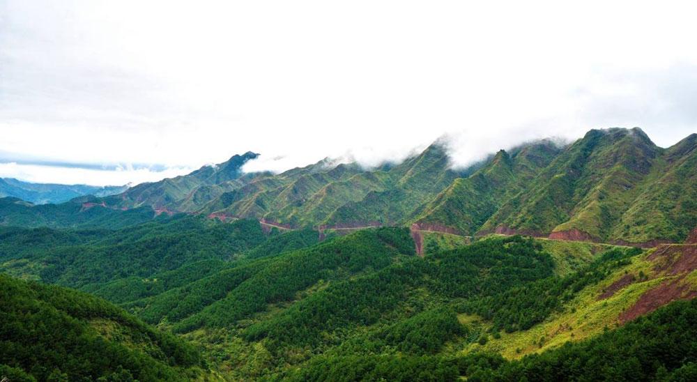 Great Wall, Vietnam, mountain range, Quang Ninh province,  Dinosaur's Spinal, dangerous terrain, hardest mountain roads