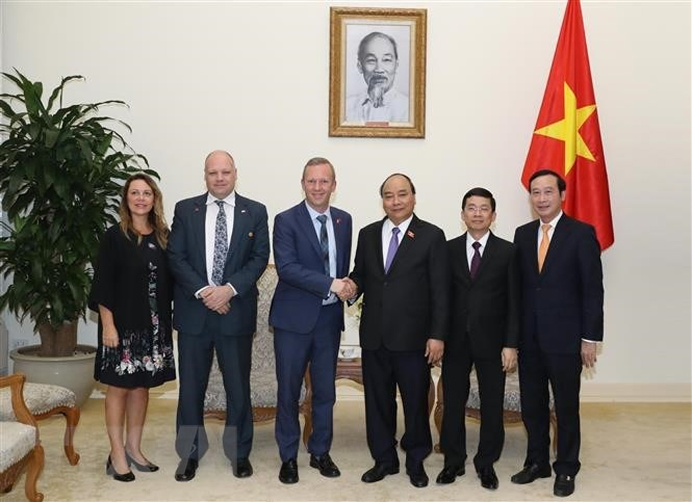 Việt Nam-Anh, Thủ tướng Nguyễn Xuân Phúc, Đại sứ Anh tại Việt Nam, Gareth Ward, Đối tác chiến lược