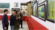 """Khai mạc Triển lãm mỹ thuật, nhiếp ảnh """"Đất và người Ninh Bình năm 2018"""""""