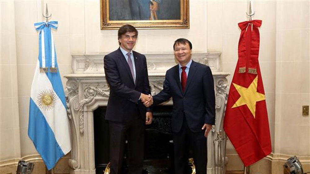 Vietnam, Argentina step up economic-trade cooperation
