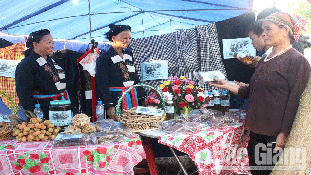 du lịch, quà tặng, quà lưu niệm du lịch, mỳ Chũ, chè Bản Ven, bánh đa Kế, Bắc Giang