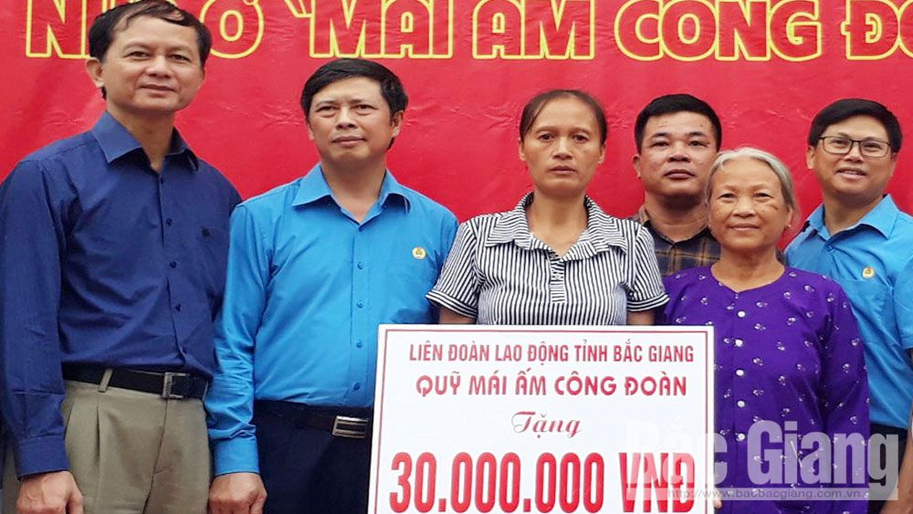 "Over 4 billion VND donated to build ""Union Cosy House"""