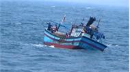 Bà Rịa-Vũng Tàu: Khẩn trương cứu 24 ngư dân gặp nạn trên biển
