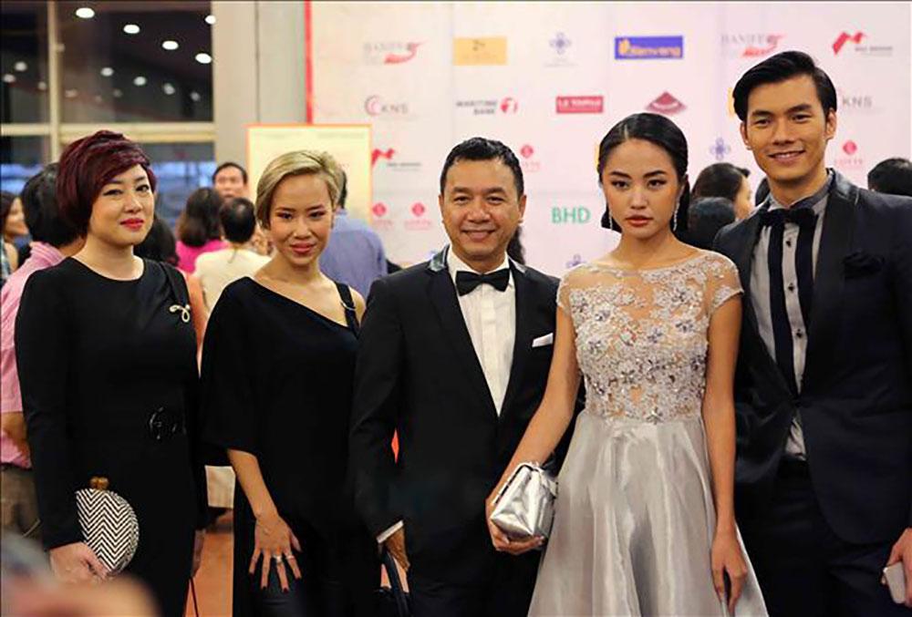 The Dark room, đoạt giải, phim dài xuất sắc nhất, Liên hoan phim Quốc tế Hà Nội, Hanif