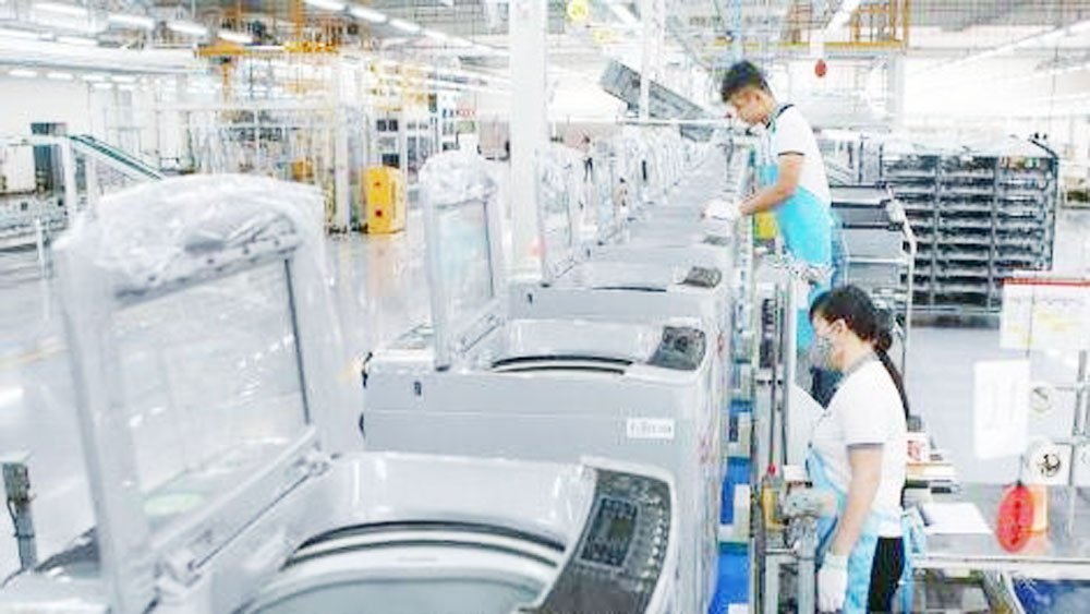 Vietnam's industrial production index up 10.4% in ten months