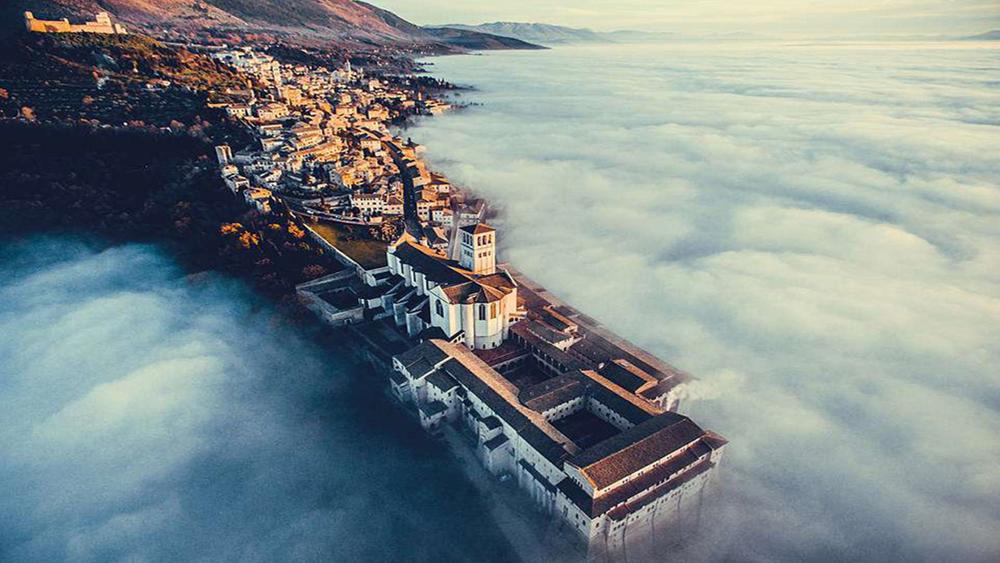 Chiêm ngưỡng khung cảnh kỳ vĩ thế giới từ trên cao