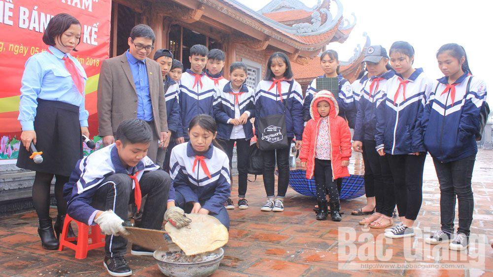 Bac Giang province, Bac Giang's students, local history, various playground, art performance, Nguyen Khac Nhu Secondary School,  Young Pioneers' Organization, history lessons, traditional handicraft production facilities
