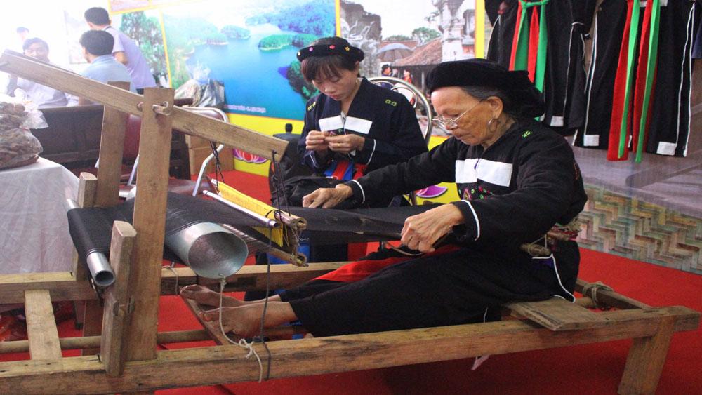 Hội chợ du lịch và ẩm thực các tỉnh vùng Đông Bắc - Vĩnh Phúc 2018