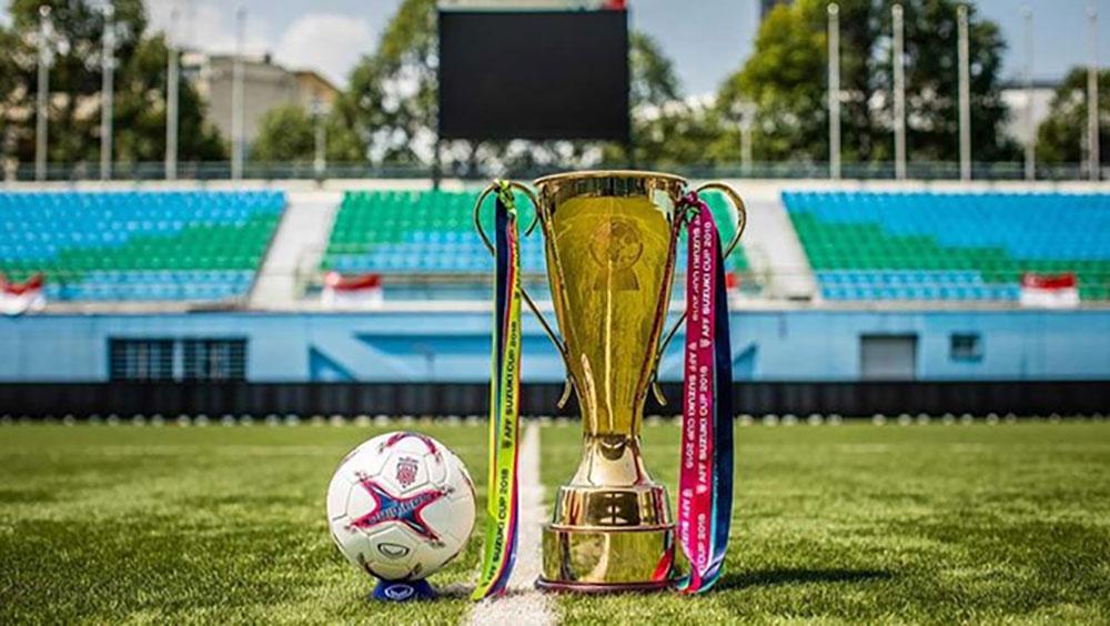 Trưng bày cúp vàng AFF Suzuki Cup 2018 tại Aeon Mall Long Biên