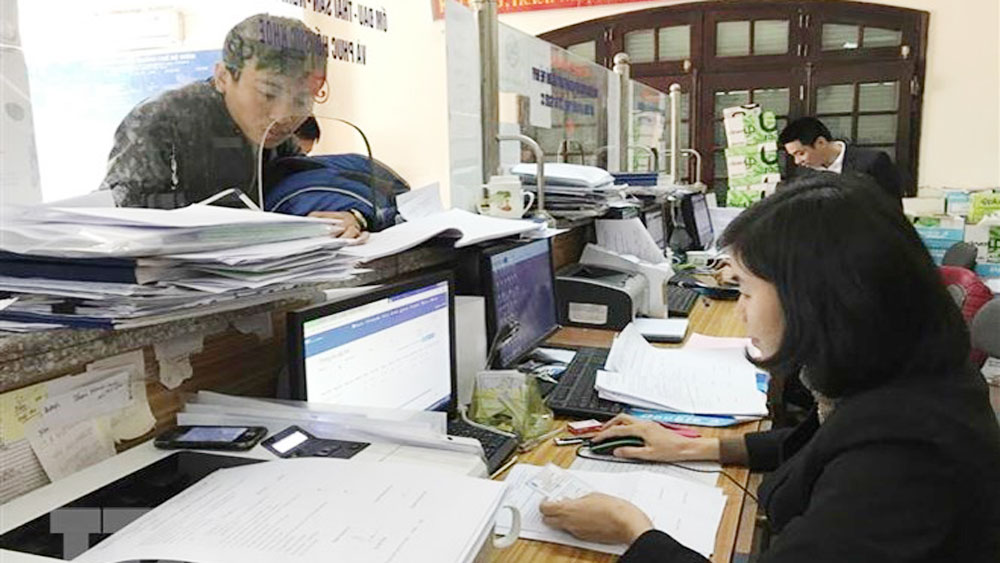 Vietnam, improving business climate, encouraging achievements, local business climate, national competitiveness,  Vietnamese Government, World Bank, business registration costs