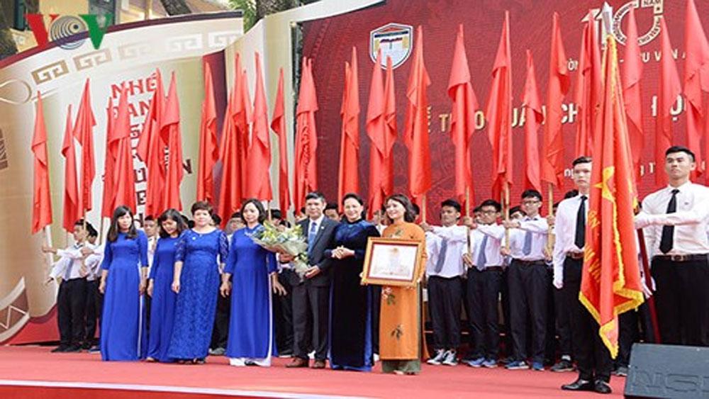 Chủ tịch Quốc hội dự Lễ kỷ niệm 110 năm Trường Bưởi - Chu Văn An
