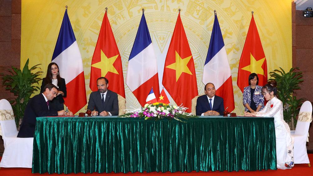 Vietjet Air, 50 Airbus aircraft, MOU, Farnborough International Airshow,  purchase agreement,  Nguyen Thi Phuong Thao, Vietjet's President