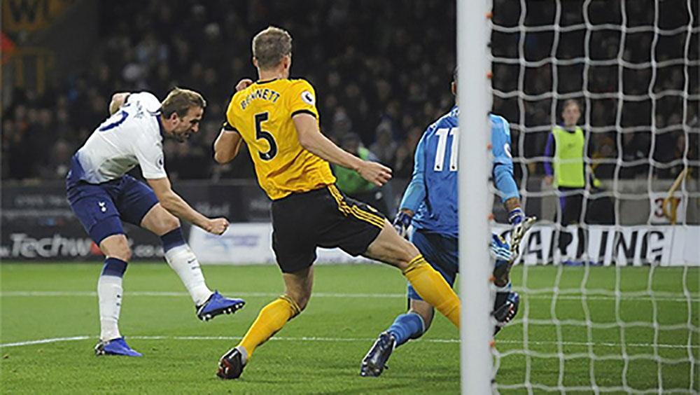 Tottenham soán chỗ của Arsenal trong top 4