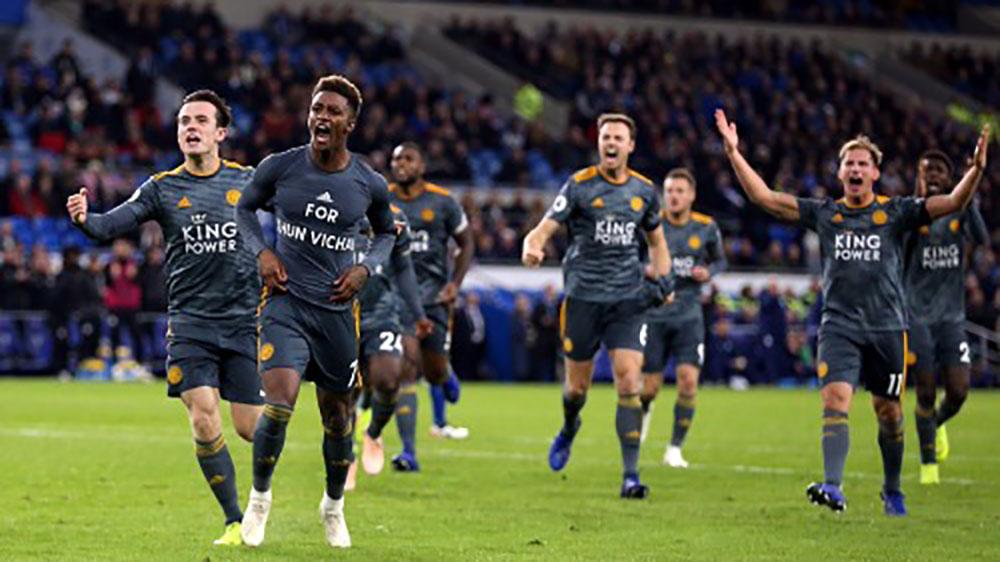 Leicester thắng trận đầu tiên sau vụ rơi máy bay của ông Vichai