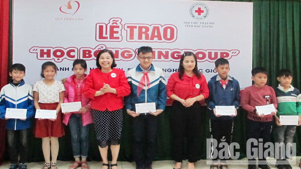 45 scholarships presented to disadvantaged students