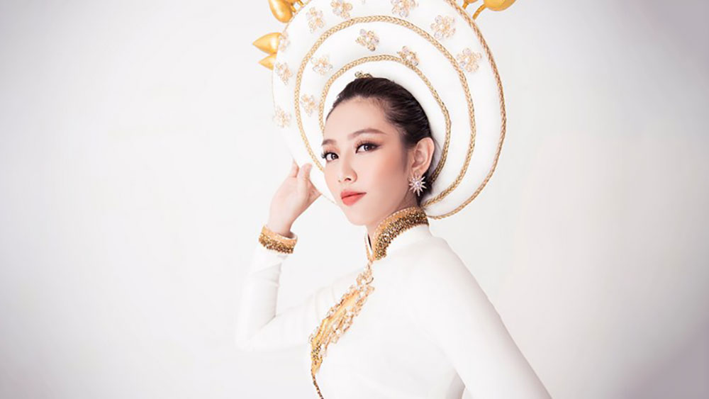 Miss International: Thùy Tiên lọt top 8 do Missosology bình chọn