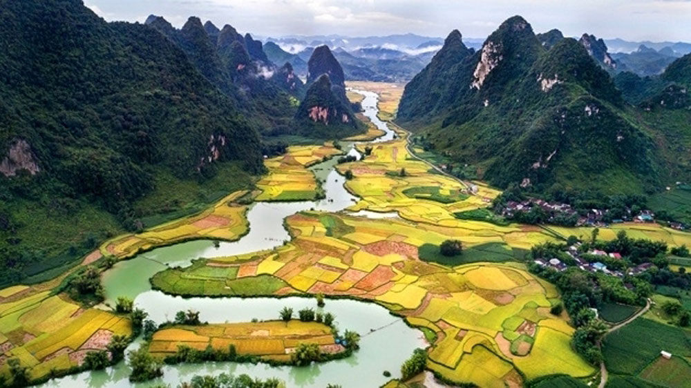 Non Nuoc Cao Bang, Geopark, UNESCO status, Cao Bang city, global geopark, fauna and flora species, rich biodiversity,  conservation work