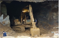 """Vụ sập hang khai thác vàng trái phép ở Hòa Bình: """"Khả năng sống sót của hai phu vàng rất thấp"""""""
