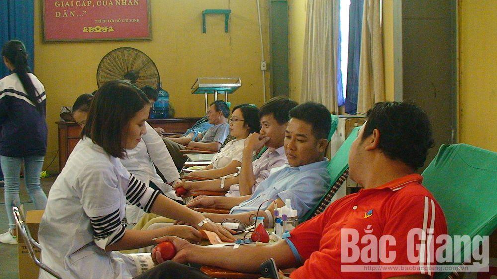 Ngày hội hiến máu, tình nguyện
