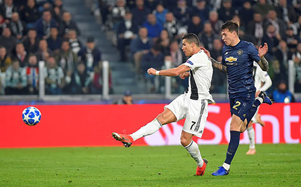 Man Utd, ngược dòng, Juventus, Champions League, Ronaldo, Turin