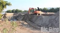 Chưa thuê đất đã tập kết cát, sỏi