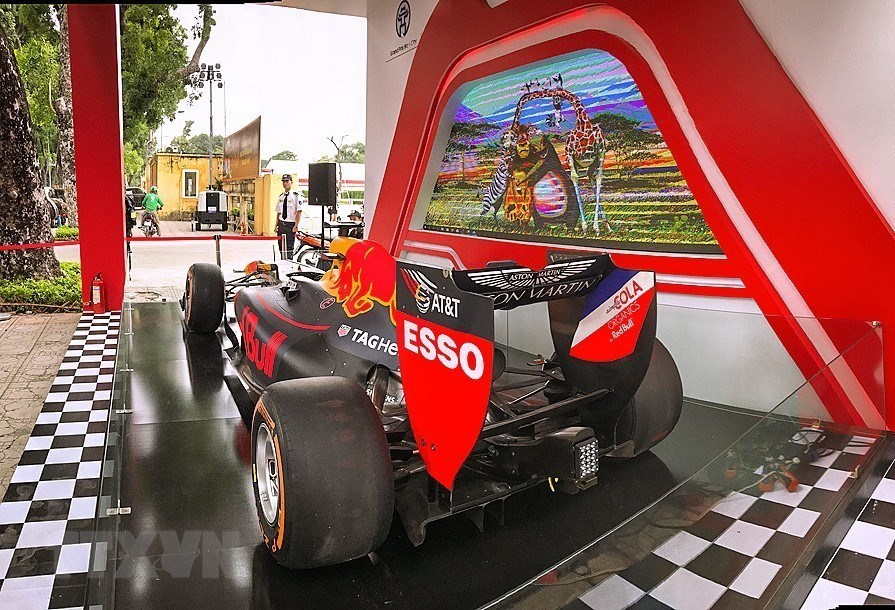 Formula One racing, racing car, display, Hanoi, Aston Martin Red Bull, Imperial Citadel,  Vietnam Grand Prix, Formula One race