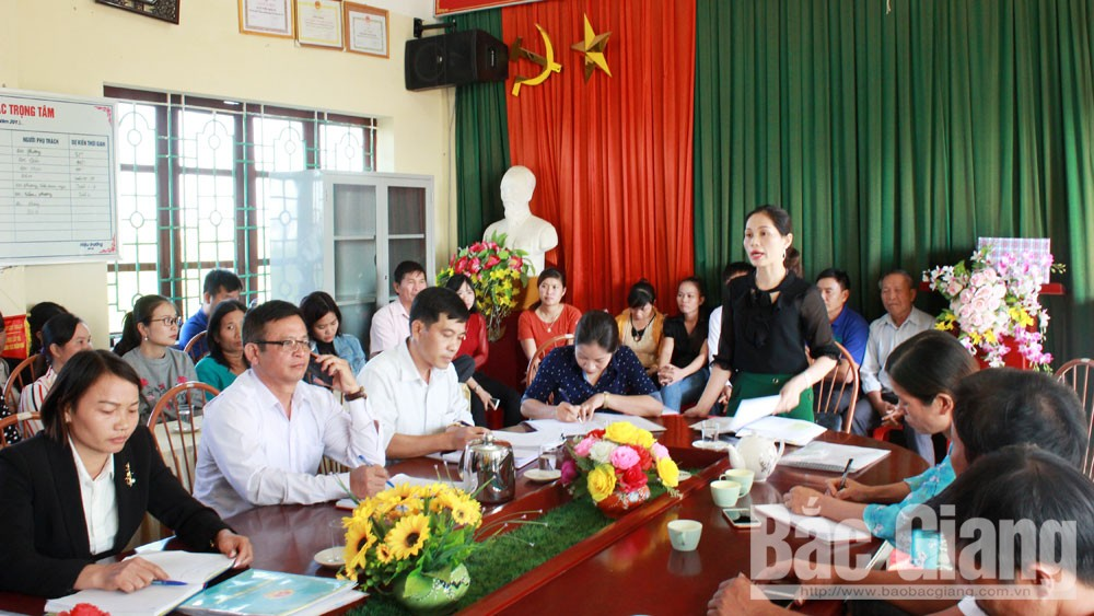 Lãnh đạo Phòng GD&ĐT huyện Lục Ngạn chỉ đạo kiểm điểm trách nhiệm lãnh đạo Trường Mầm non Nam Dương.
