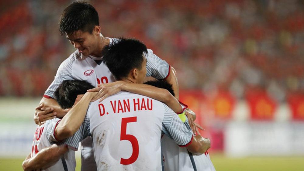 AFF Suzuki Cup 2018, đội tuyển Việt Nam, chuyến bay VN 920, Park Hang-seo