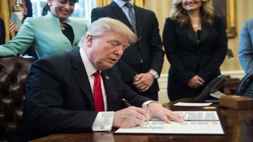 Tổng thống Mỹ, ký sắc lệnh, nhập cư mới