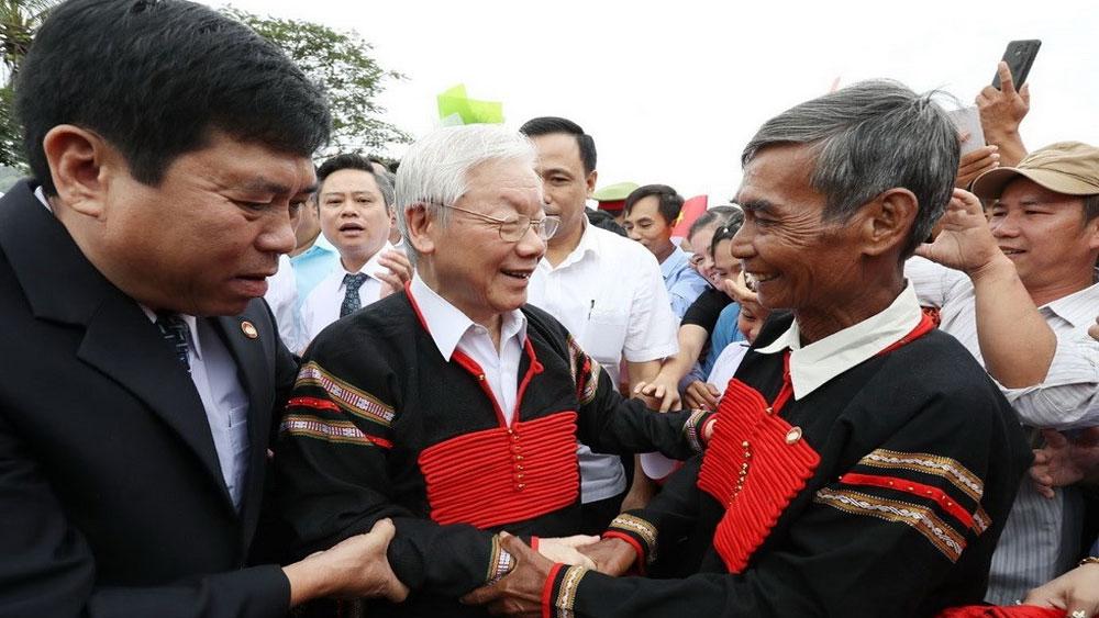 Tổng Bí thư, Chủ tịch nước dự Ngày hội Đại đoàn kết toàn dân tộc cùng người dân Đắk Lắk