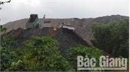 Kiểm tra việc đổ thải tại Công ty cổ phần Khai thác khoáng sản Bắc Giang