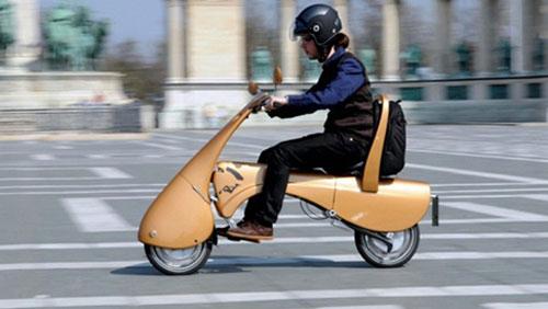 """Xe ga điện Moveo có thể gập gọn thành vali trong một """"nốt nhạc"""""""