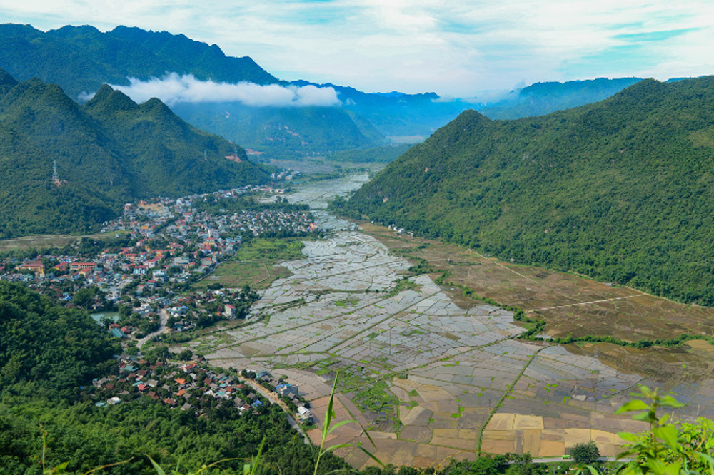 Vietnam highland towns, real getaway recommendations, Southeast Asian destinations, Daily Hive, major tourist attractions