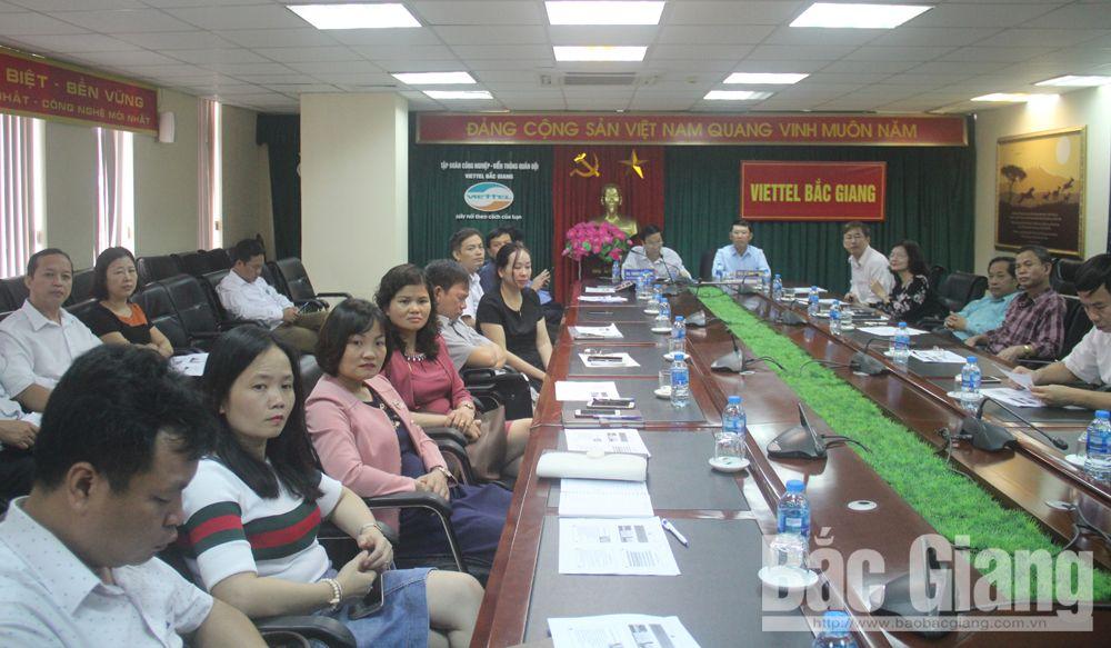 Đồng chí Lê Ánh Dương, Phó Chủ tịch UBND tỉnh chủ trì hội nghị tại điểm cầu tỉnh Bắc Giang.