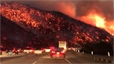 Mỹ: Chưa kiểm soát được đám cháy rừng tại bang California