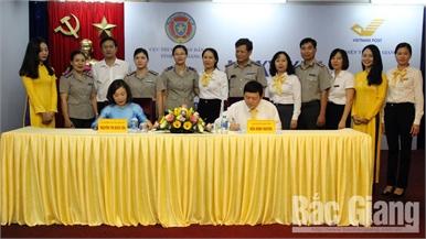 Bưu điện tỉnh và Cục Thi hành án dân sự Bắc Giang hợp tác thực hiện dịch vụ bưu chính công ích