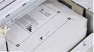 Máy tái chế giấy cũ thành giấy mới trong 4 giây của Nhật Bản