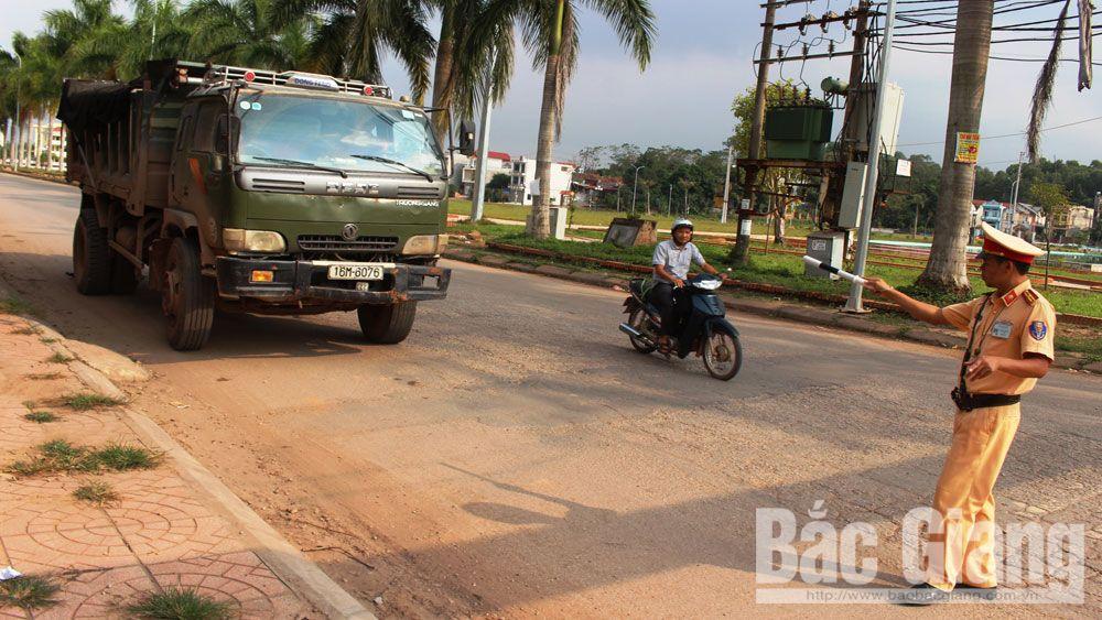 Tân Yên: Chấn chỉnh tình trạng xe quá khổ, quá tải