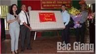 Phó Chủ tịch UBND tỉnh Bắc Giang Lê Ánh Dương dự Ngày hội Đại đoàn kết toàn dân tộc tại Tân Yên