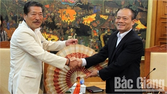Japan-Vietnam Friendship Association's chapter in Chukyo region visits Bac Giang province