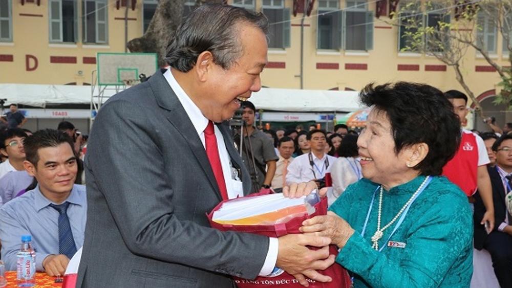 Various activities commemorate Vietnamese Teachers' Day