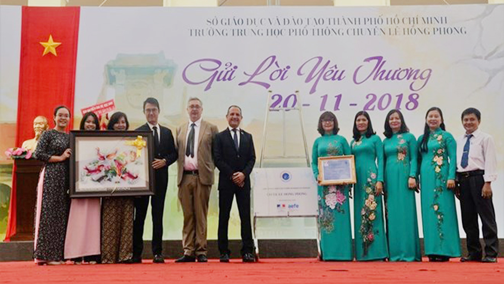 LabelFranceEducation awarded to two Vietnamese schools