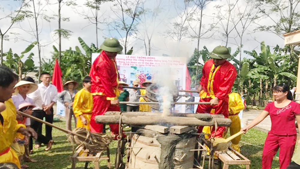 Traditional trade of bronze casting receives National Heritage title