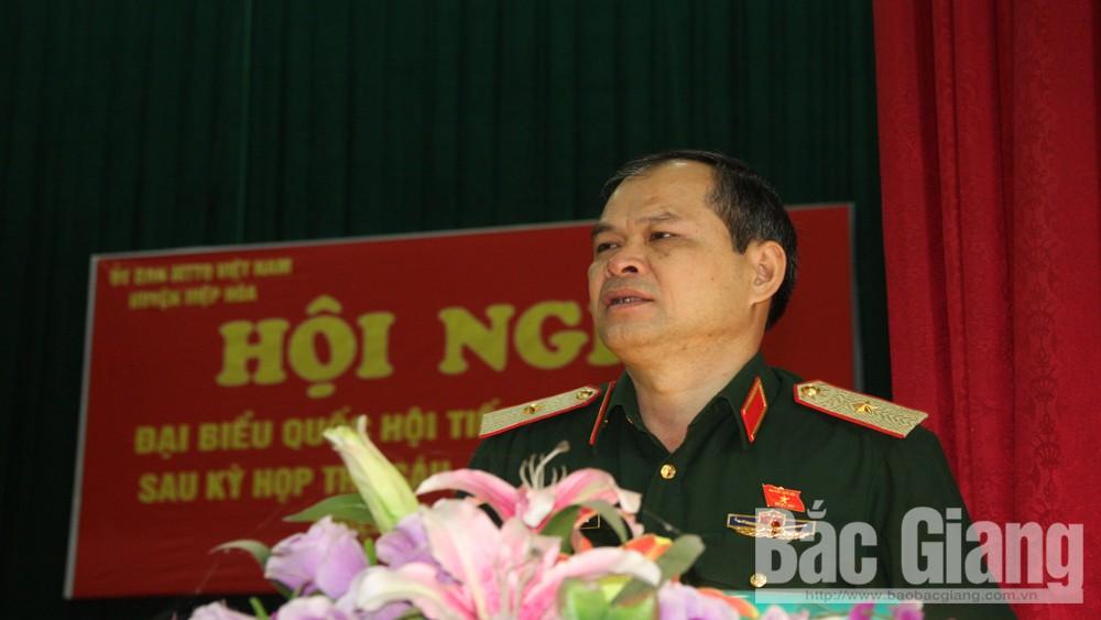 Đoàn đại biểu Quốc hội tỉnh tiếp xúc cử tri huyện Hiệp Hòa sau kỳ họp thứ 6 Quốc hội khóa XIV