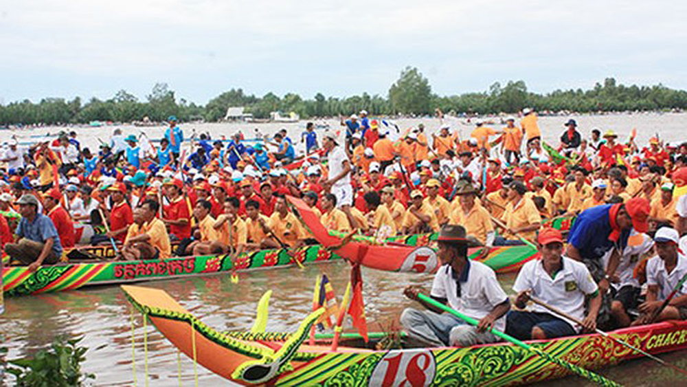 Khmer ethnic culture festival, Kien Giang province, annual festival, Khmer festival, sport-culture activities, traditional Ngo boat race, musical performances