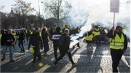 Pháp: Biểu tình ở Paris biến thành bạo loạn