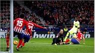 Barca thoát thua trước Atletico nhờ bàn gỡ ở phút 90