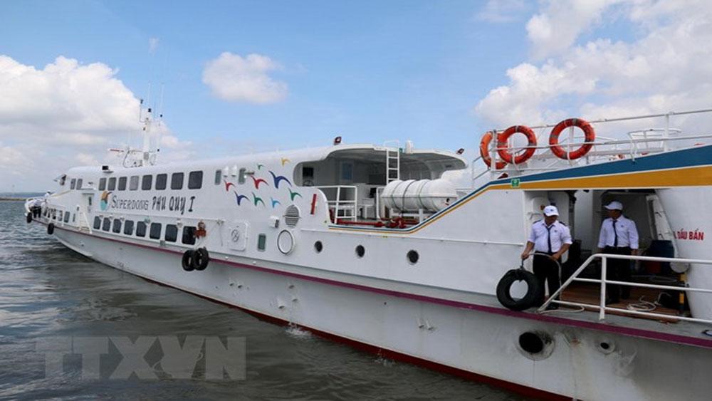 Xử lý nhanh sự cố tàu ra đảo Phú Quý, tất cả 200 hành khách đều an toàn
