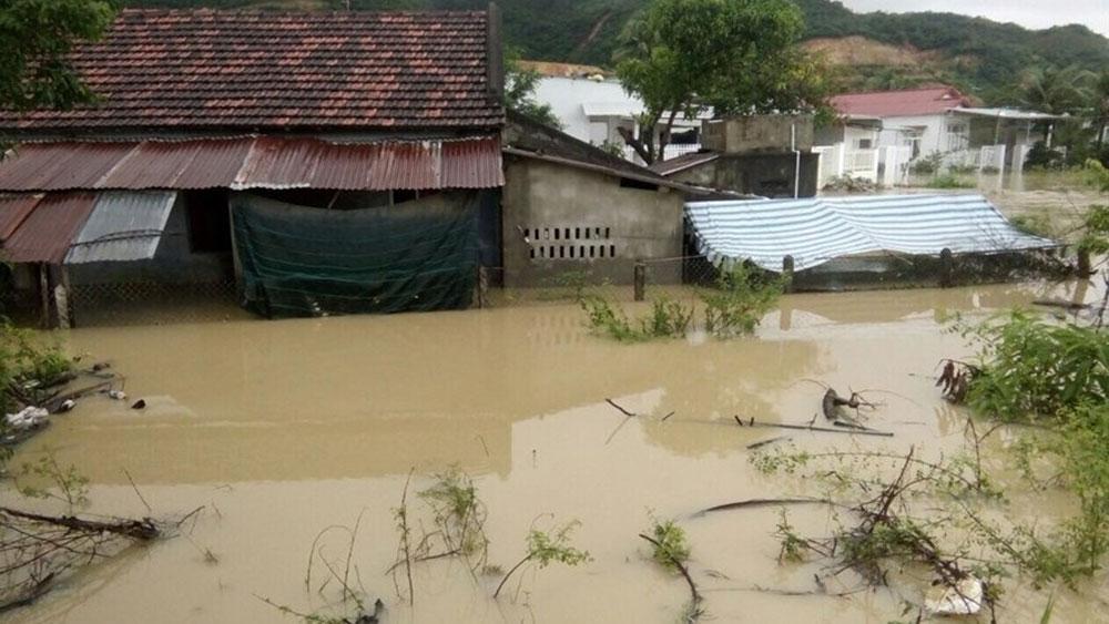 Vùng áp thấp suy yếu từ bão số 9 Usagi tiếp tục gây mưa rất to ở Trung Bộ