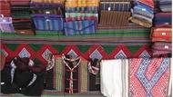 Lễ hội văn hóa thổ cẩm Việt Nam lần thứ I diễn ra từ ngày 28 đến 30-12